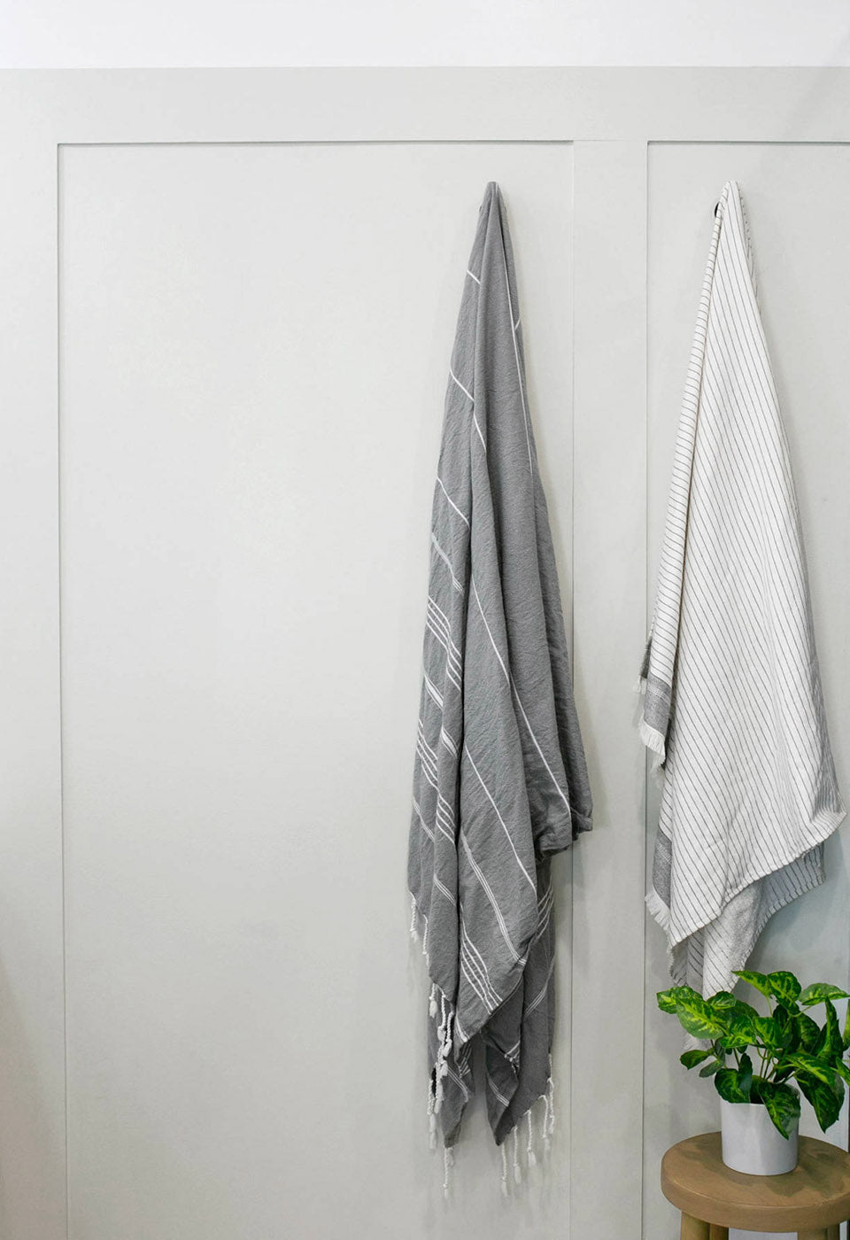 Looking for the perfect light greige paint for your bathroom? Try Penthouse by Clare.