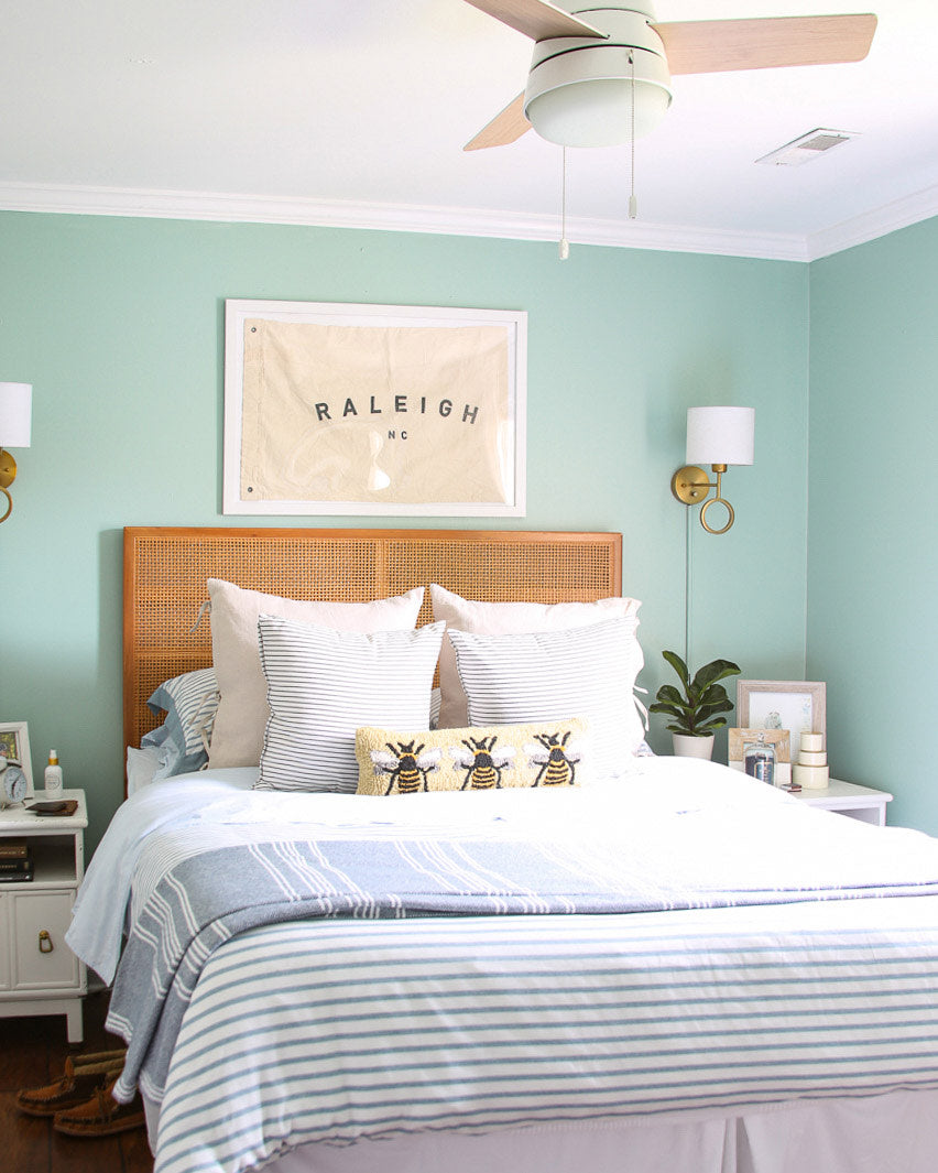 How To Make A Small Room Look Larger With Paint