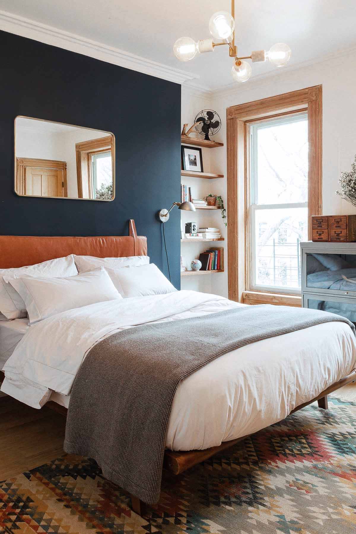 Bedroom accent wall ideas