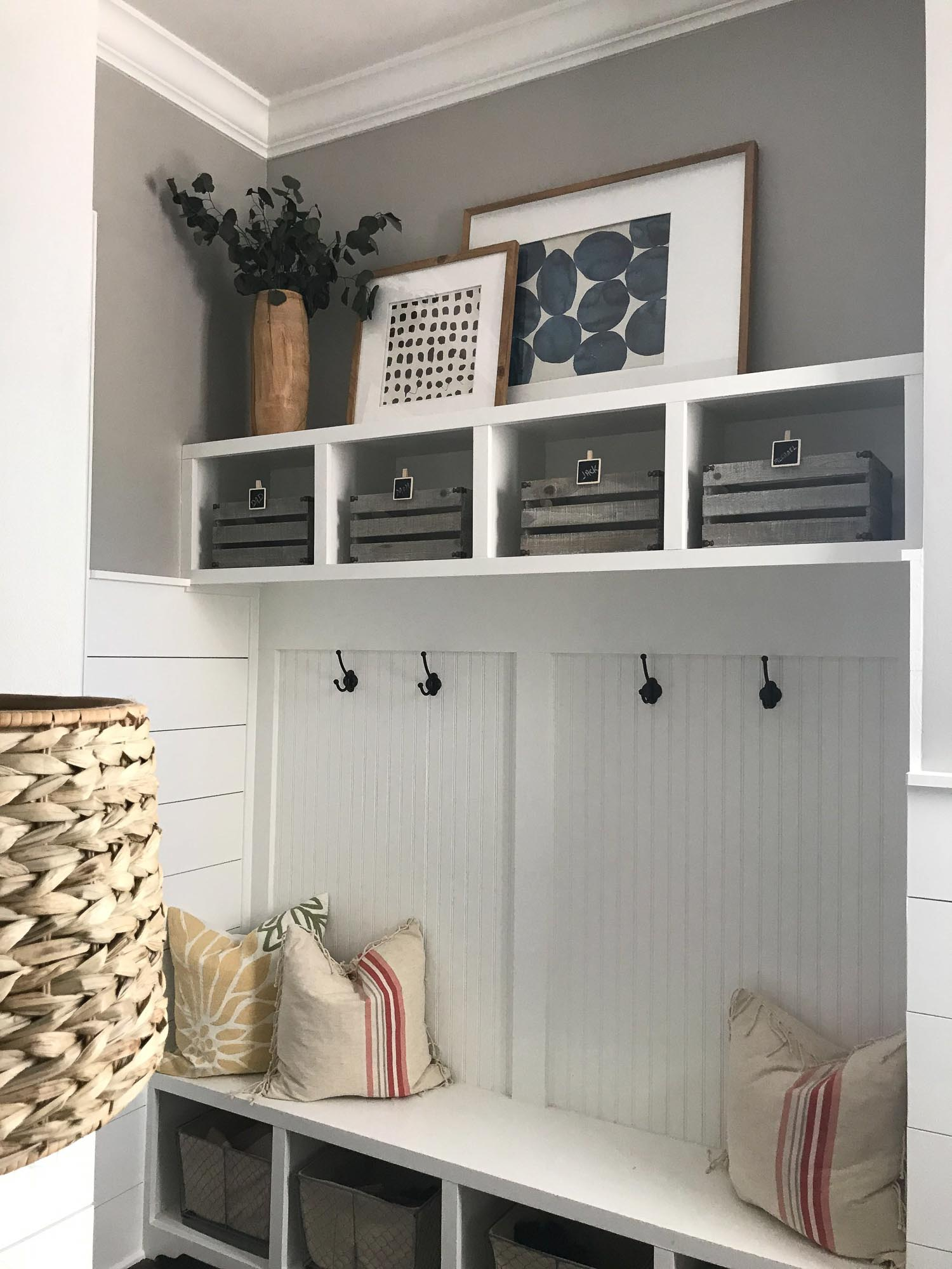 paint-ideas-for-home-mudroom-before