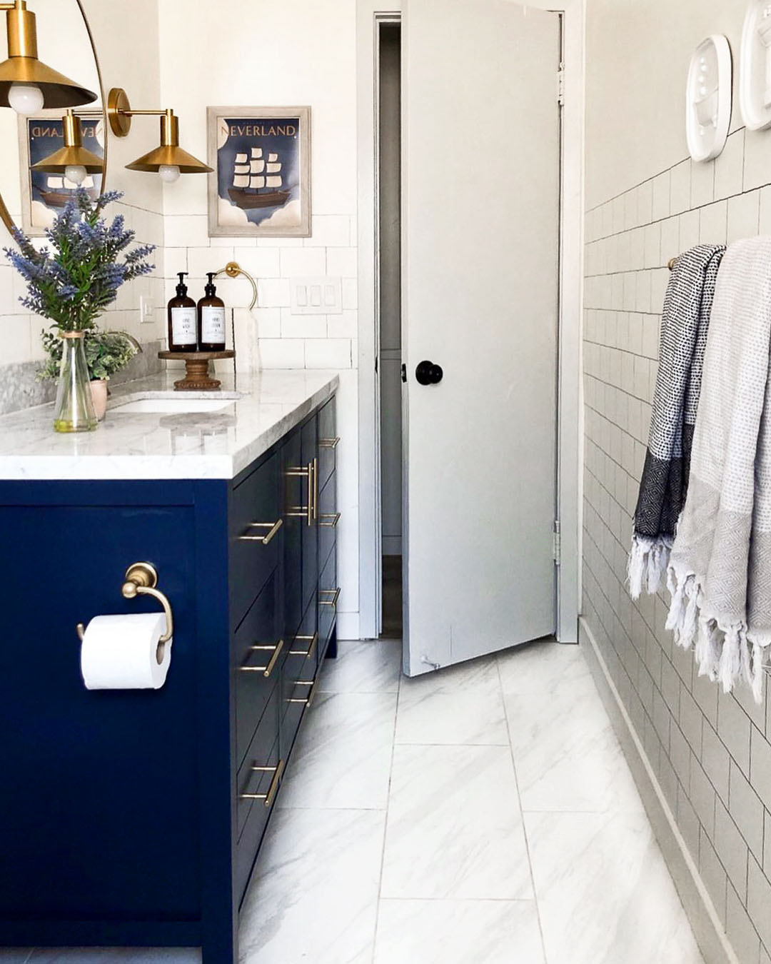 Painting bathroom cabinets can seriously transform the look of your space — even in the span of a weekend! Here's how to do it like a DIY pro.