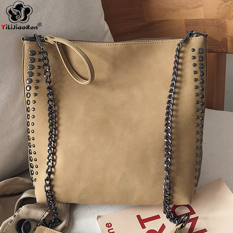 Fashion Rivet Shoulder Bag