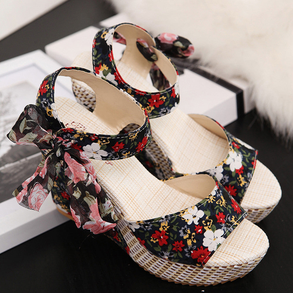 Flower Pattern Wedge Platform Sandals