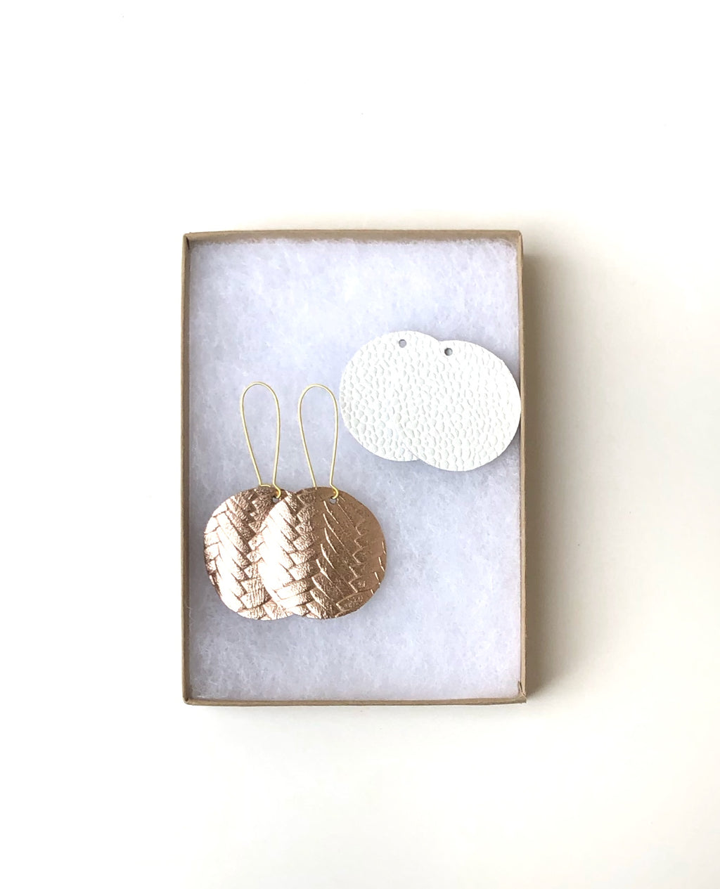 Rose Gold Woven and White Interchangeable Disc Set