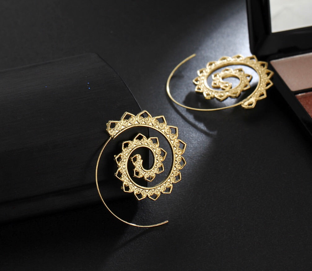 Silver or Gold Swirl Hoops