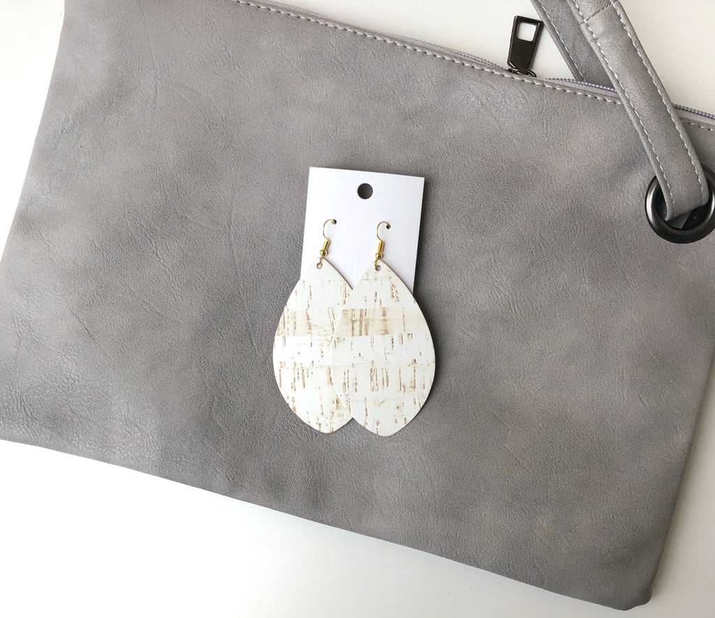White Cork Pointed Teardrop