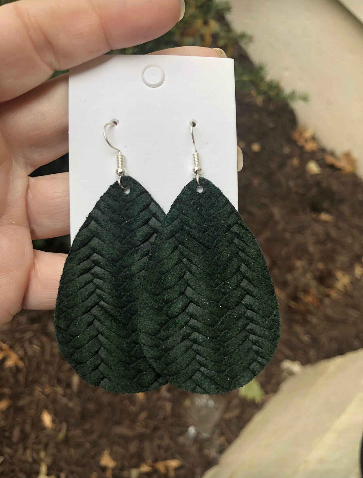 Hunter Green Woven Teardrop