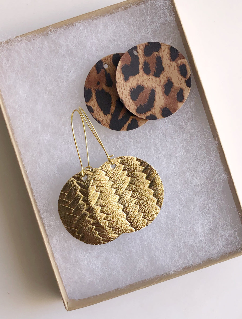 Gold Woven and Leopard Interchangeable Disc Set
