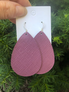 Light Mauve Teardrop
