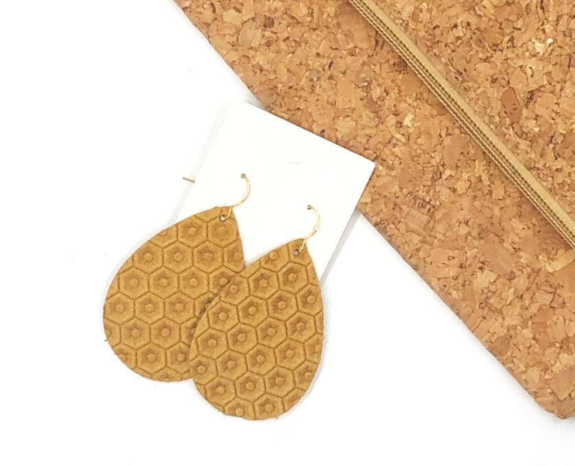 Caramel Honeycomb Embossed Leather Teardrop