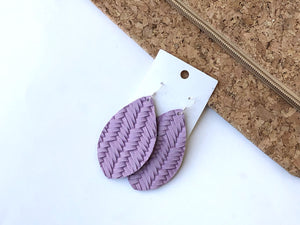 Lavender Woven Pointed Teardrop