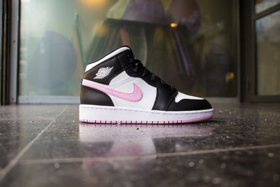 "Air Jordan 1 Mid ""Pink Artic"""