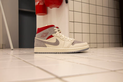 "SNS X Air Jordan 1 Mid ""20 th Anniversary"""