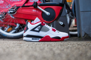 "Air Jordan 4 Rétro ""Fire Red"""