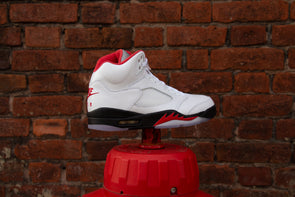 "Air Jordan 5 Rétro ""Fire Red"" (2020)"