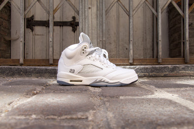 "Air Jordan 5 Rétro ""Metallic White"""