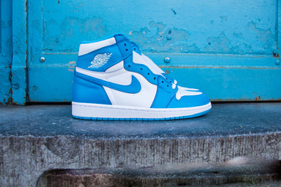 "Air Jordan 1 Rétro High OG ""UNC"""