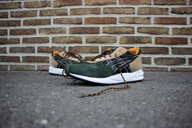 "Asics Gel Saga Trail"" Pack"""