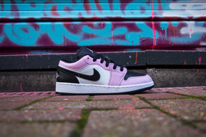 "Air Jordan 1 Low ""Arctic Pink"""