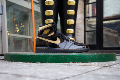 Air Jordan 1 Black Metallic Gold