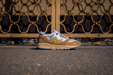 "Karhu Aria 95 ""Curry"" 