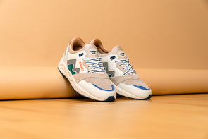 "Karhu Aria ""Moon of the pearl"""