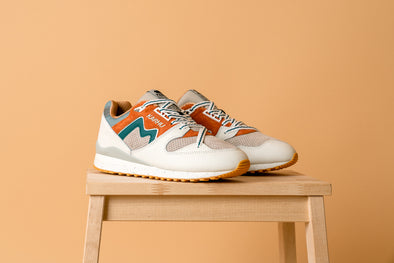 "Karhu Synchron Classic ""Moon Of the Pearl"""