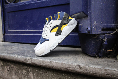 "Nike Air Huarache ""Michigan""  2004"