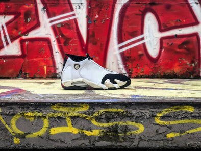 "Air Jordan 14 OG ""Black Toe"" (1998)"
