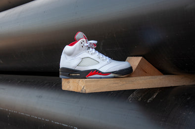 "Air Jordan 5 Rétro ""Fire Red"""