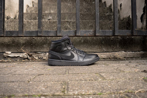 Nike Air Jordan 1 Mid Black