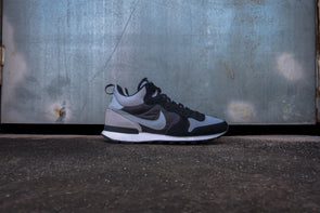 Nike Internationalist Mid Wolf Grey