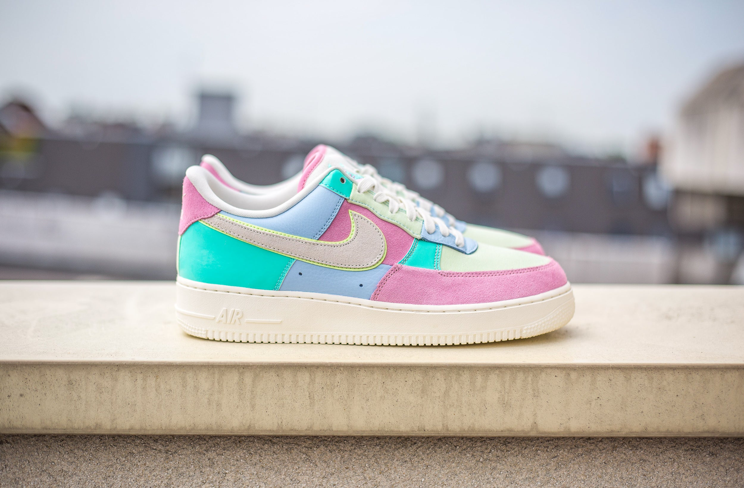 Nike Air Force 1 Low QS Easter Egg – LA BOITE COLLECTOR