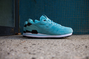 "Sneakers Politics X Saucony Courageous ""The Cannon"""