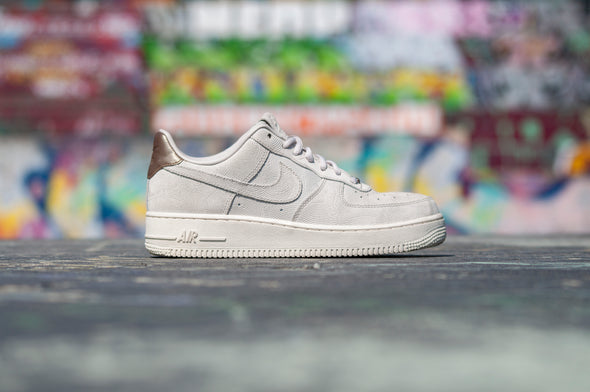 Wmns Nike Air Force 1 07