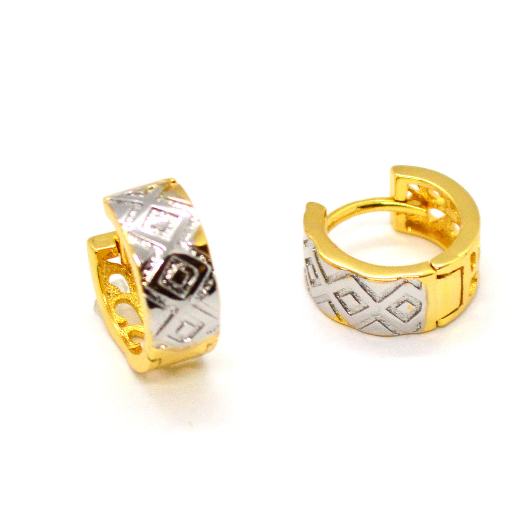 (1-2512-h10-1) Gold Overlay Two Tone ZigZag Huggie Hoops, 14 mm.