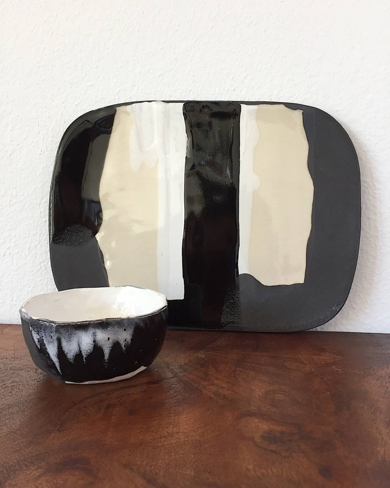 products/Cheese_Platter_Set_in_White_Black_-_One_Bowl_front.JPG