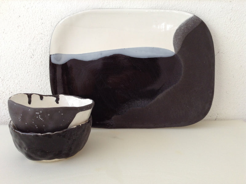 products/Cheese_Platter_Set_in_White_Black_-_Two_Bowls.JPG