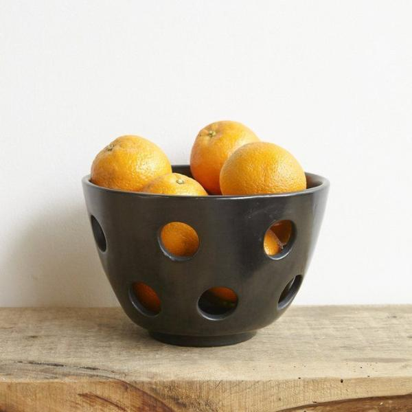 products/Colectivo_1050_Ramona_Fruit_Bowl_detail.jpg