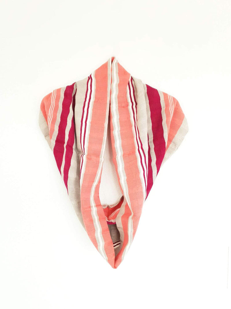 products/Cotton-Infinity-Scarf_Handwoven-grey-pink.jpg