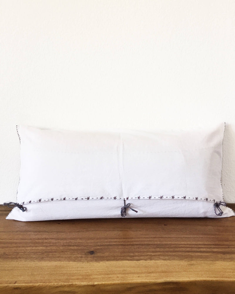 products/Eustaquia_Luna_Throw_Pillow_back.JPG