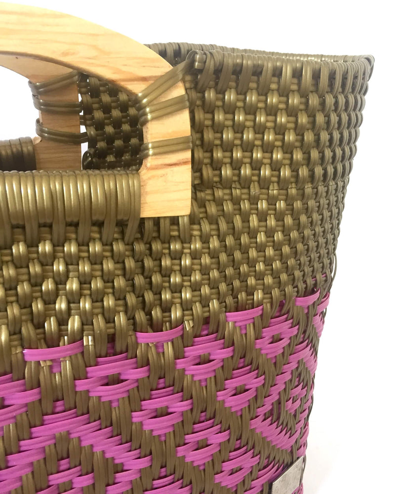 products/I-XU_Unique_Wood_Handle_Bag_77_detail_view.JPG