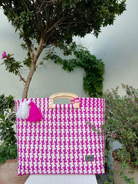 I-XU Unique Wood Handle Bag pink and white outdoor