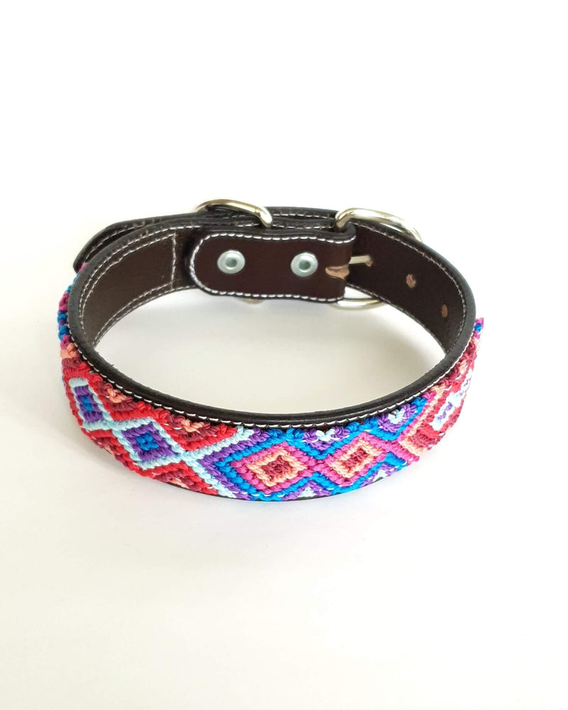 products/Leather-dog-collar-medium-blue-red-light-blue.jpg