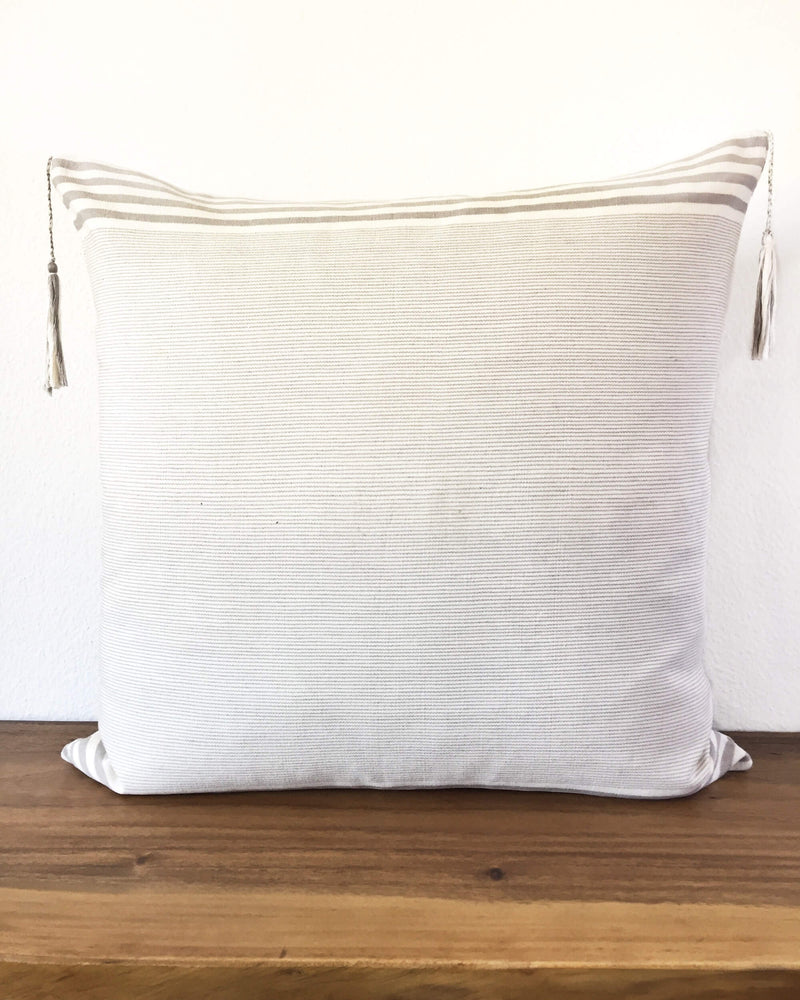 products/Lupita_Hielo_Throw_Pillow_back.JPG