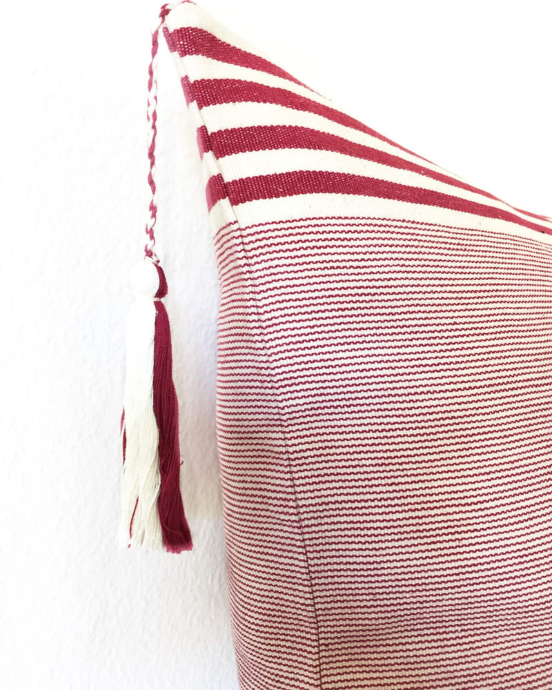 products/Lupita_Vino_Throw_Pillow_detail.JPG