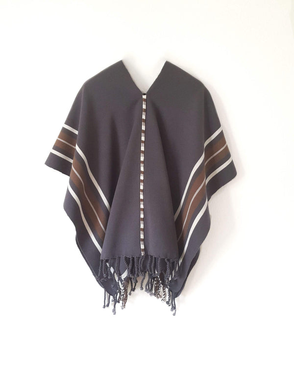 Taabal Classic Grey Poncho long position