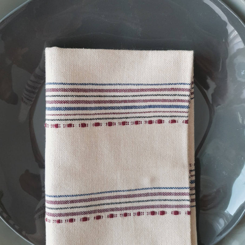 products/cotton-napkin-handmade-sand-red-plate.jpg