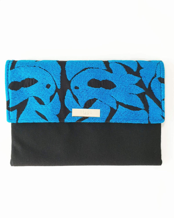 Embroidered flower clutch bacg black & Blue
