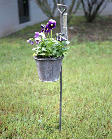 Spade Garden Stake Planter with Rain Gauge - Box of 2